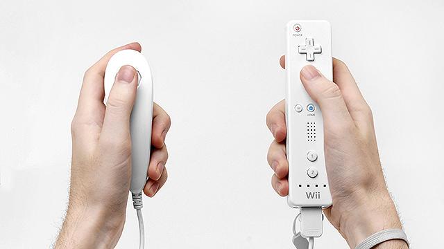 Wiimote-in-Hands-1
