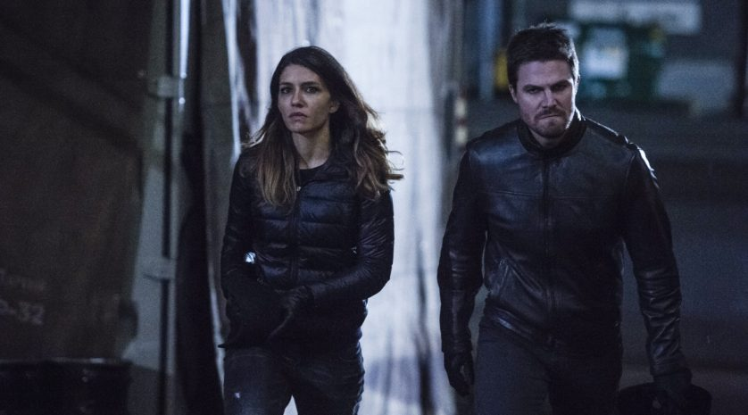 arrow-5-12-oliver-and-dinah-1-