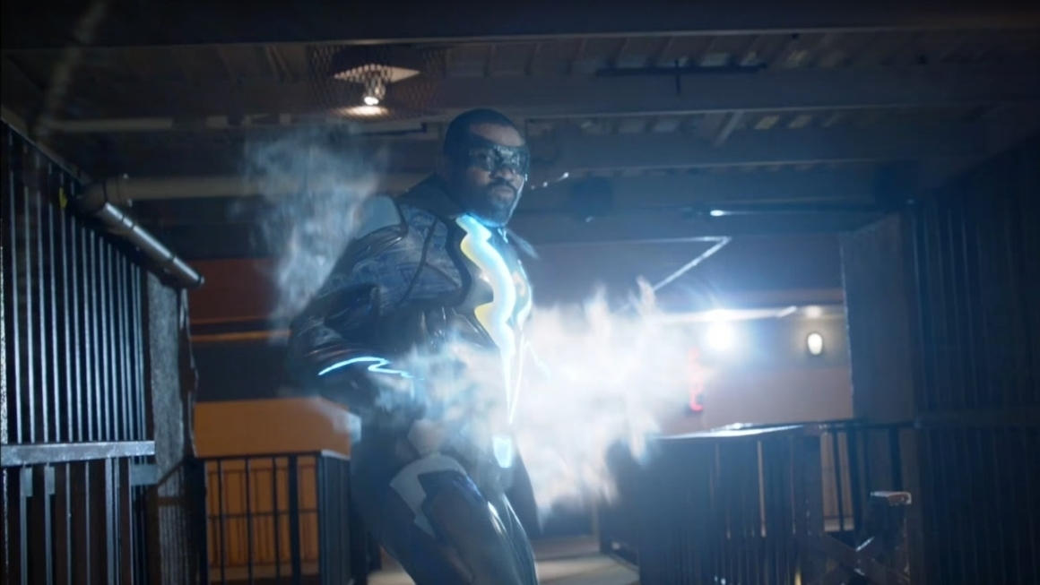 the cw shows off first trailer for black lightning  u2013 geek
